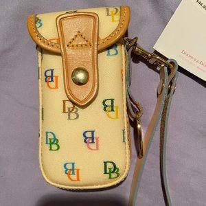 Dooney & Bourke Cell Phone Wristlet NWT